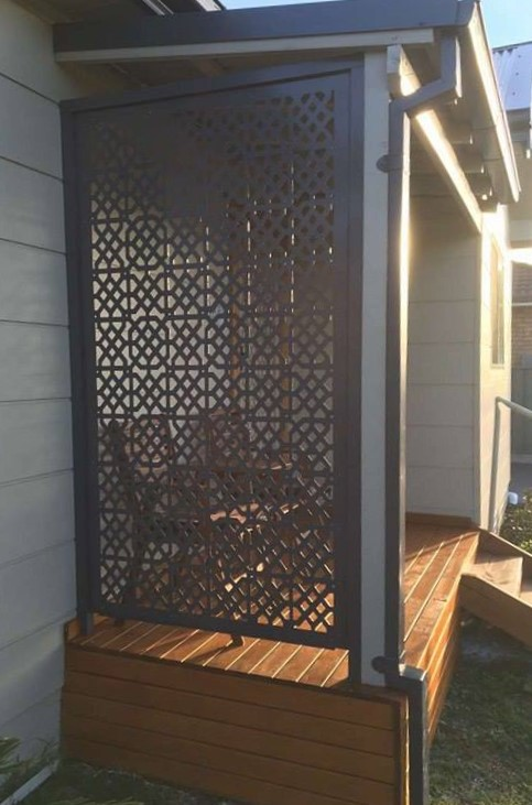 Moroccan Privacy Screen Iron Bark Metal Design
