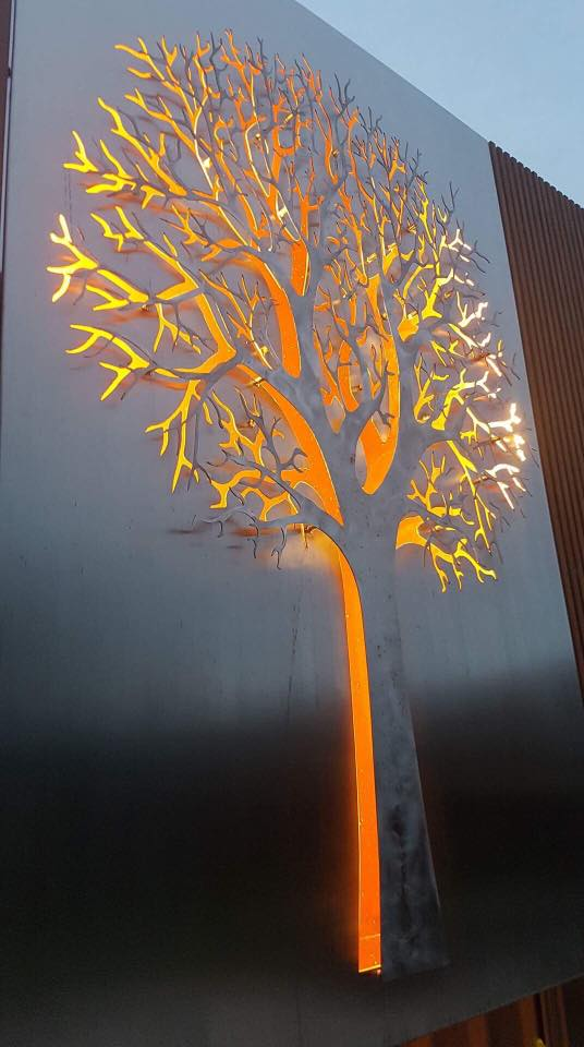 Decorative Screen - 3D Tree backlit by Ironbark Metal Design