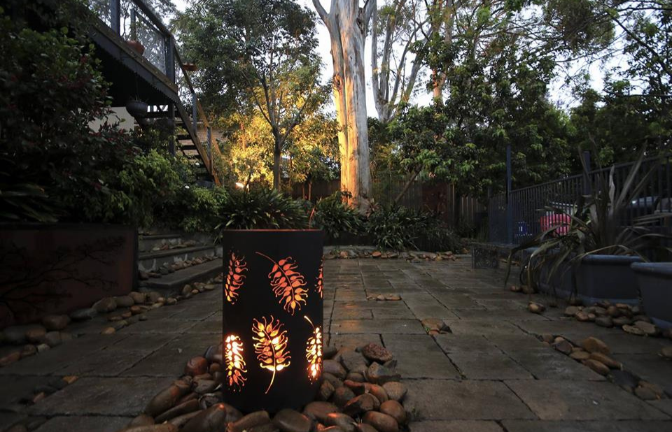 Small Round Fire Pit with Grevillea Pattern and Black Heatproof Paint