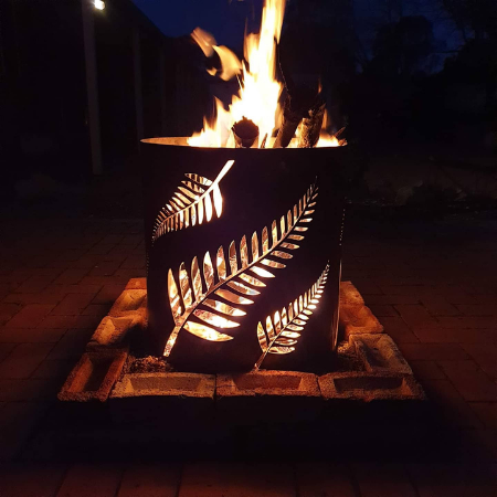 Medium Round Fire Pit with Fern Pattern