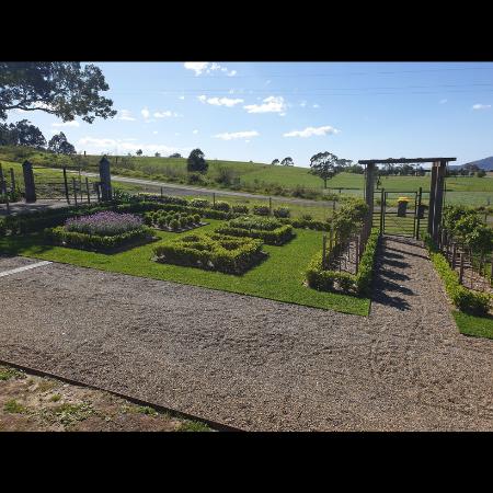Raised Corten Steel Garden Edging- Shoalhaven