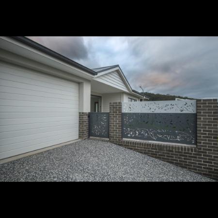 Side Gate & Fence Panels in Powder Coated Aluminium
