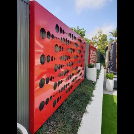 Champagne Pattern Decorative Screen in Red Powder Coated Aluminium