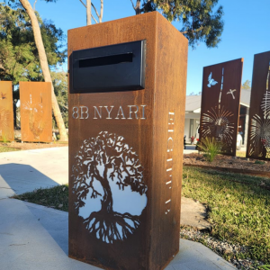 Ironbark Letterbox with Fig Tree Pattern in Rust with Perspex