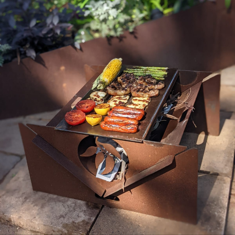 Collapsible Fire Pit with Grill (2)